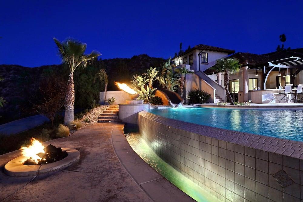 House, Multiple Beds (Owl's Nest - Sleeps 22! Infinity Pool) - Pool