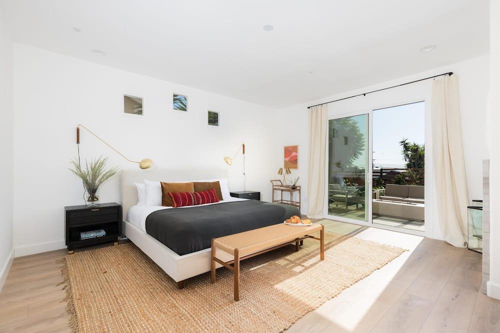 Māja, vairākas gultas (Sunfair - Modern Home w Pacific Ocean) - Numurs