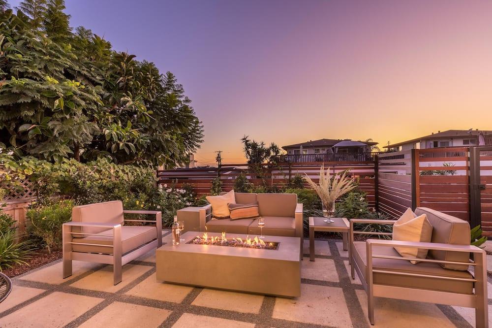 Māja, vairākas gultas (Sunfair - Modern Home w Pacific Ocean) - Balkons