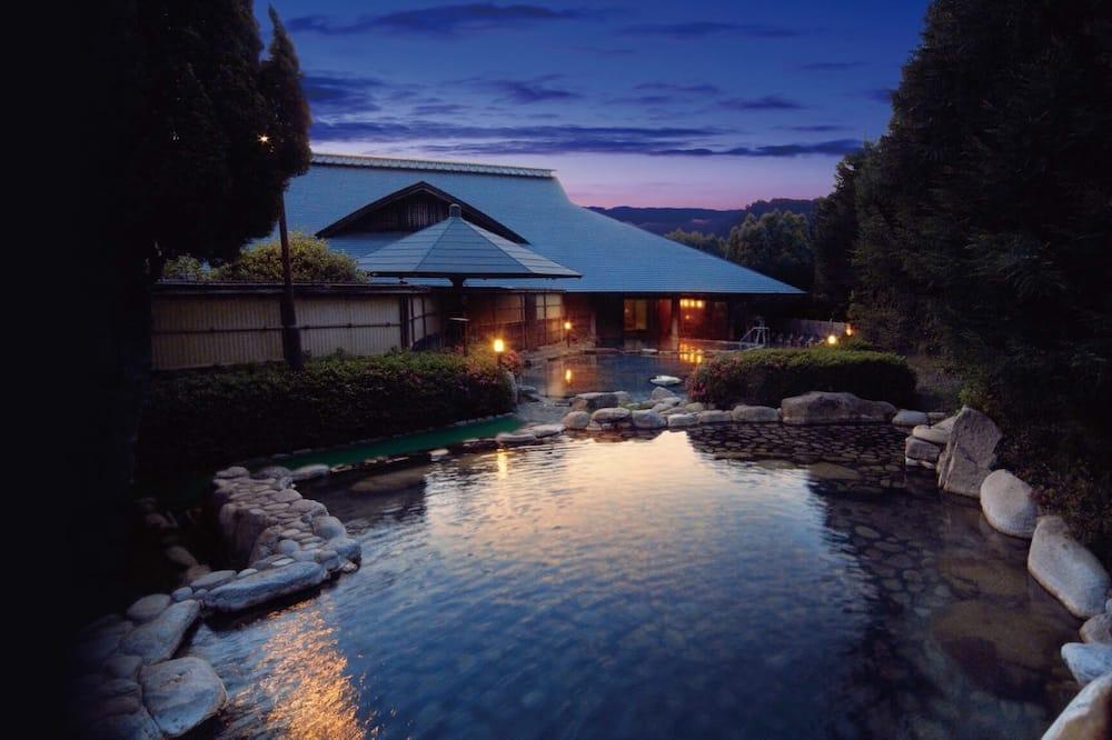 山百合渡瀨溫泉酒店