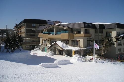 โรงแรมคูลส์