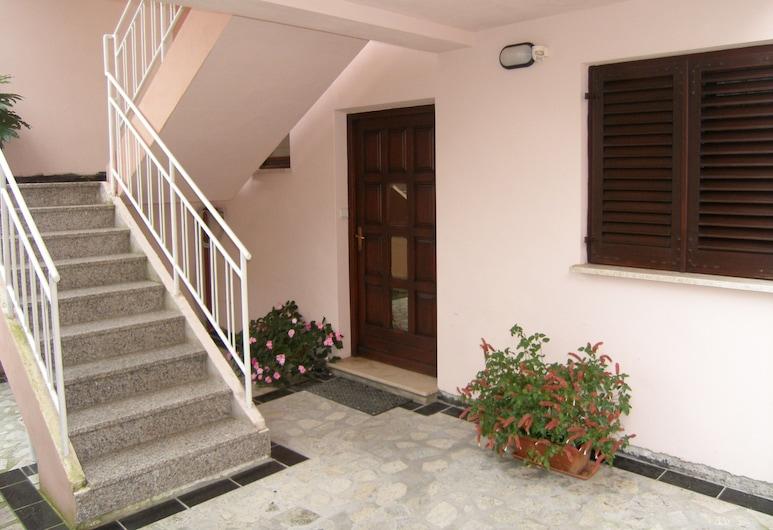 Lorena Apartments , Pula, Peauks