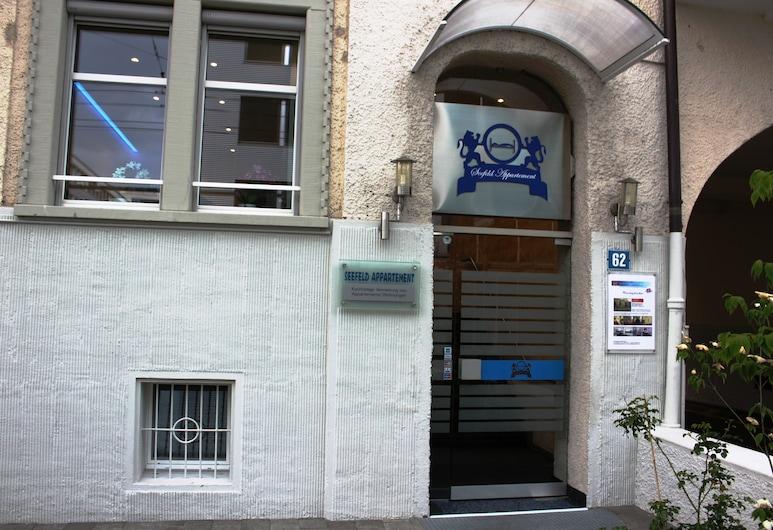 Seefeld Residenz GmbH, Zürich, Property entrance