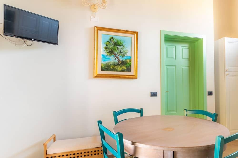 Villa, 2 Bedrooms - Tempat Makan dalam Bilik