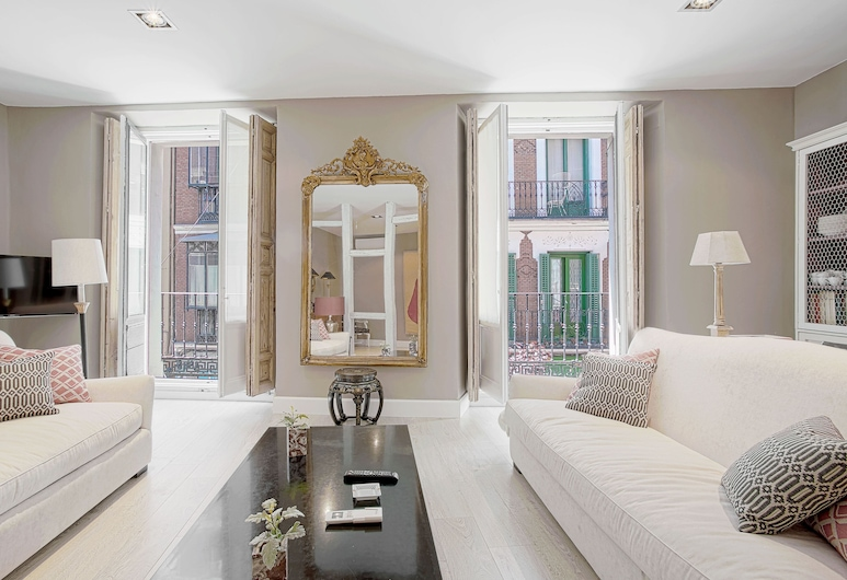 Great 2 Bd Aparm in Prime Location. Huertas, Madrid