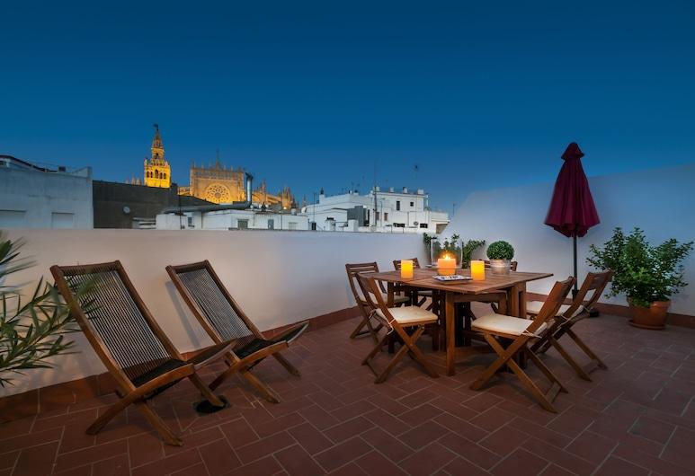 Prime Location 2 bd Apartm With Terrace. Arfe Terrace, Seville