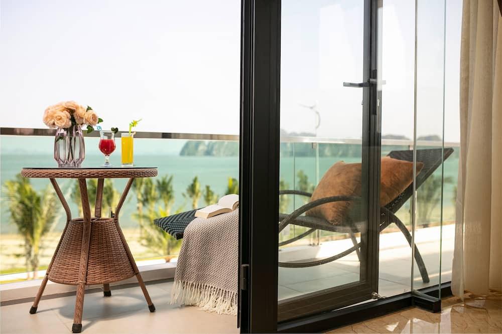 Üç Kişilik Oda, Deniz Manzaralı (Elegance) - Balkon
