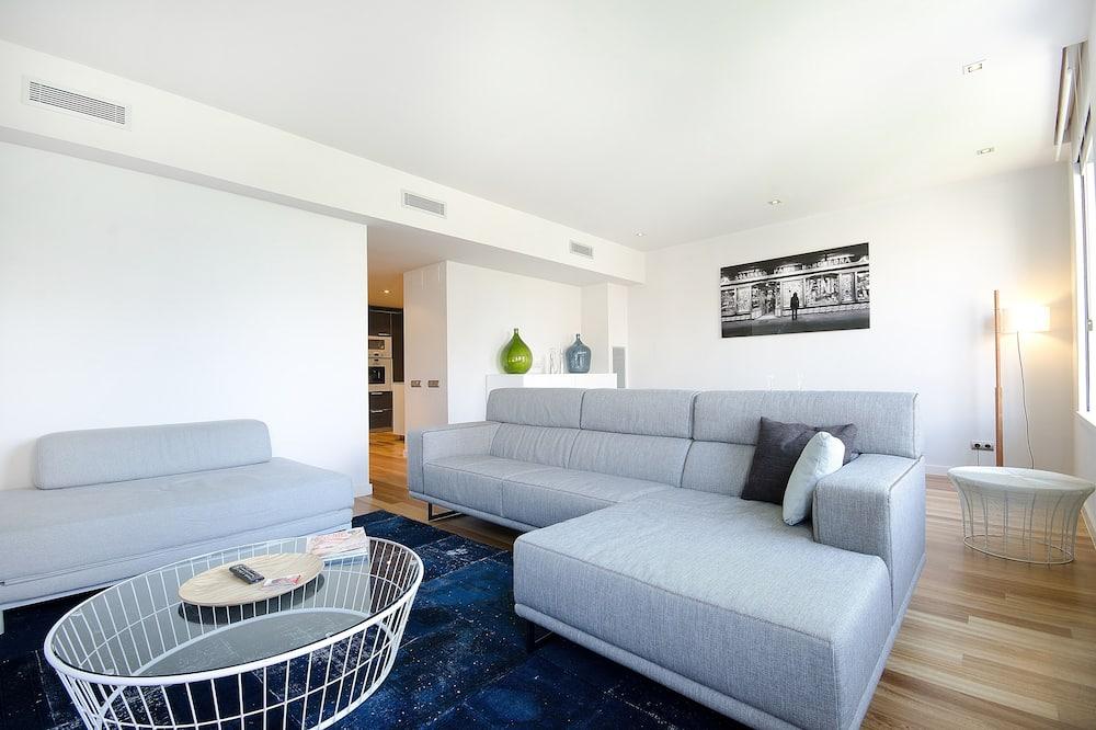 شقة - غرفتا نوم - غرفة معيشة