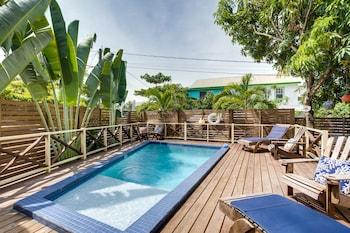 Picture of Driftwood Gardens Guesthouse in Placencia