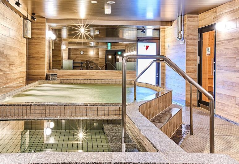 豪華カプセルホテル 安心お宿プレミア名古屋栄店, 名古屋市
