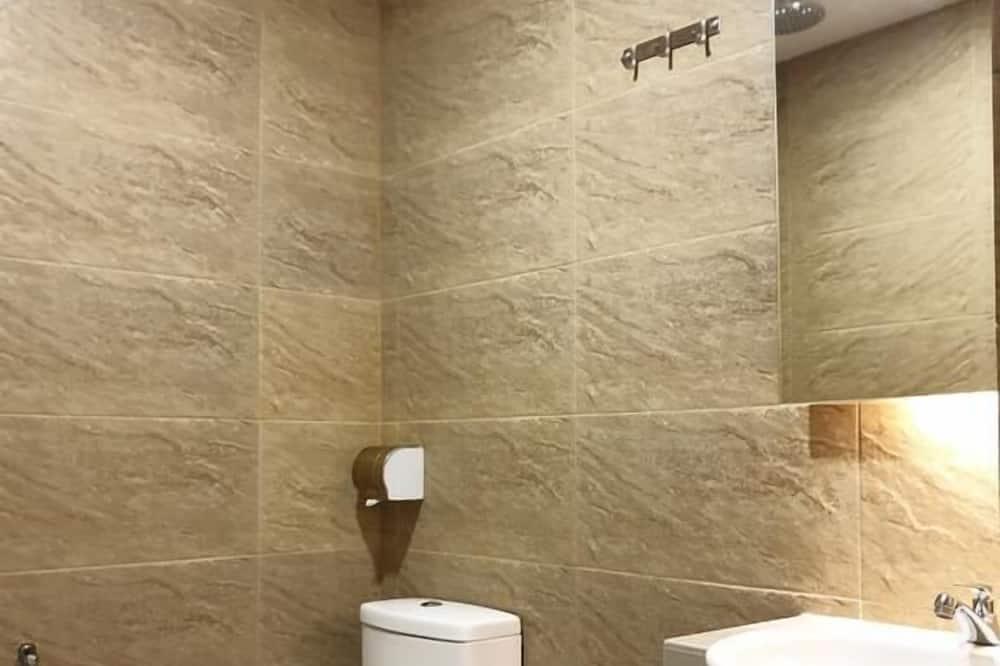 Сімейний номер (Suite) - Ванна кімната