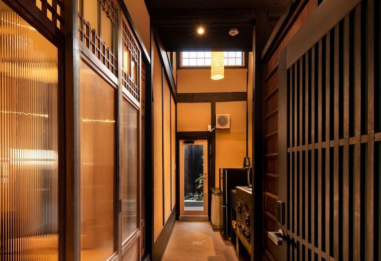 綿綢松原五條町酒店, Kyoto, 入口