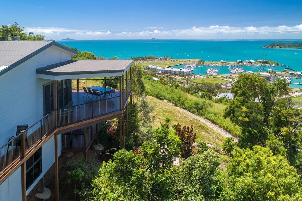 House, 4 Bedrooms - Pemandangan Pantai/Lautan