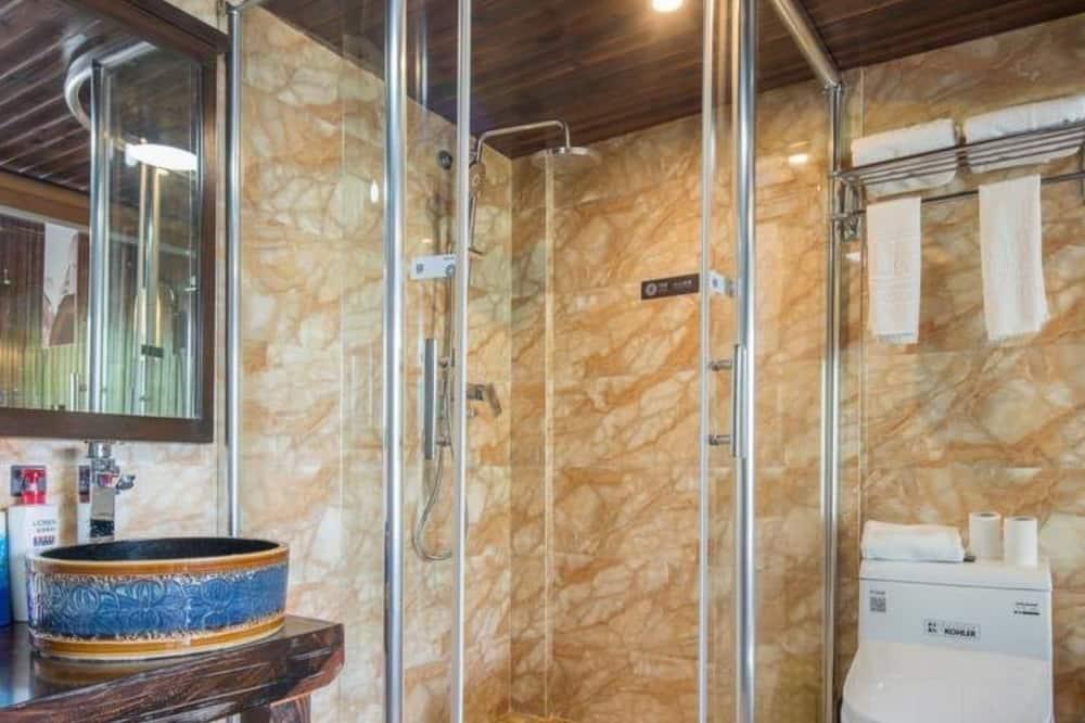 Dvojlôžková izba typu Deluxe, terasa - Kúpeľňa