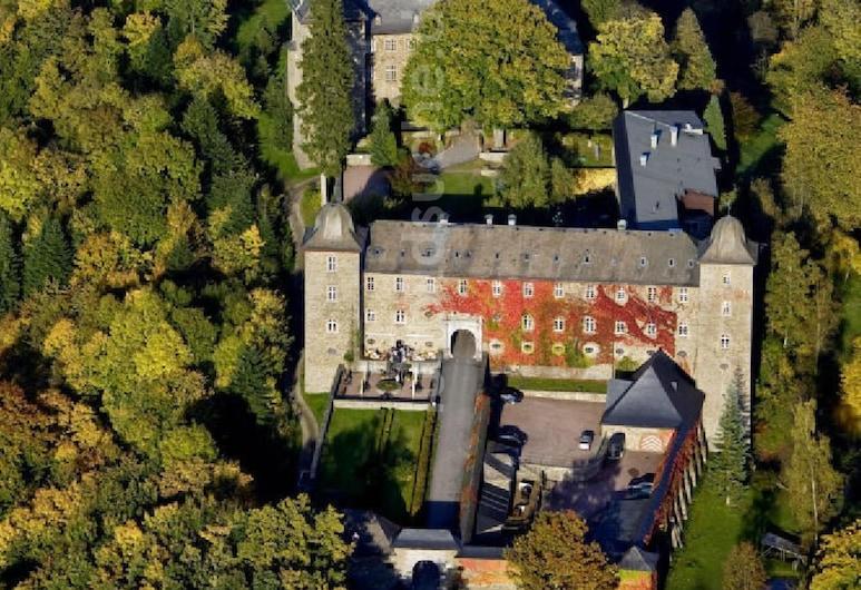 Burghotel Schnellenberg, Attendorn, Rezeption