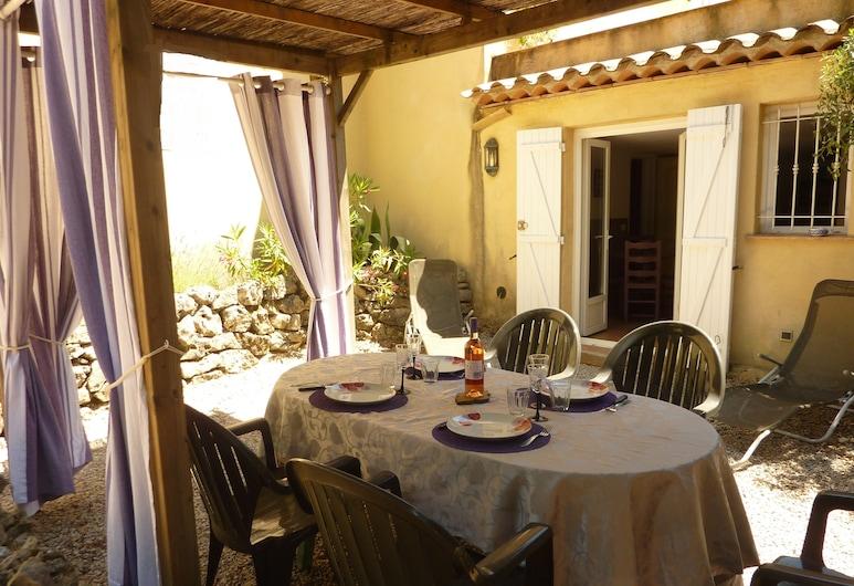 Gite de Saint Cassien, Montauroux, Dinerruimte buiten