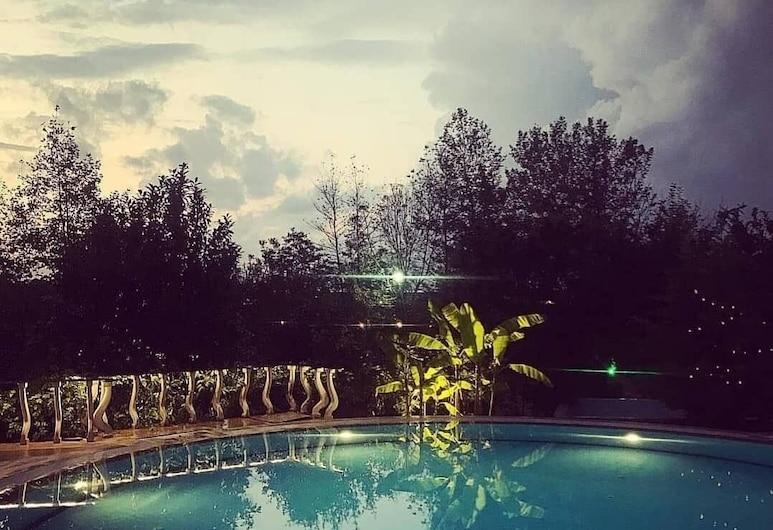Konsopa Otel, Duzce, Piscina al aire libre
