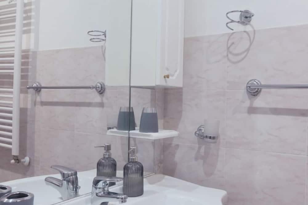Doppelzimmer, mit Bad (Colomba) - Badezimmer