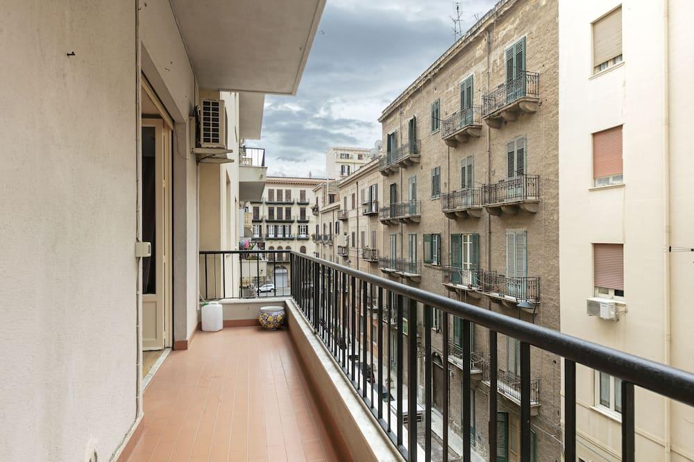 Апартаменти, 2 спальні - Балкон