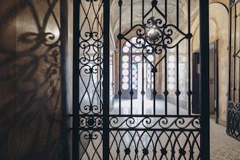 Picture of Gregorini Bingham Art Luxury Suites in Bologna