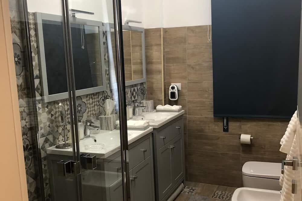 Традиційний номер, 1 ліжко «кінг-сайз» - Ванна кімната