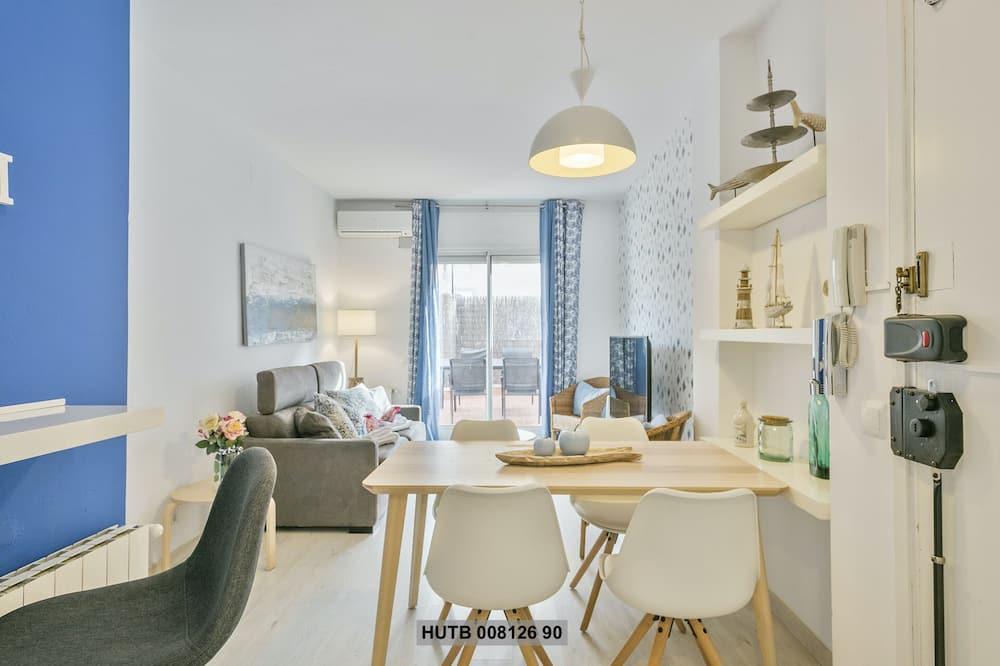 Apartment, 1 Bedroom, Patio - Living Room