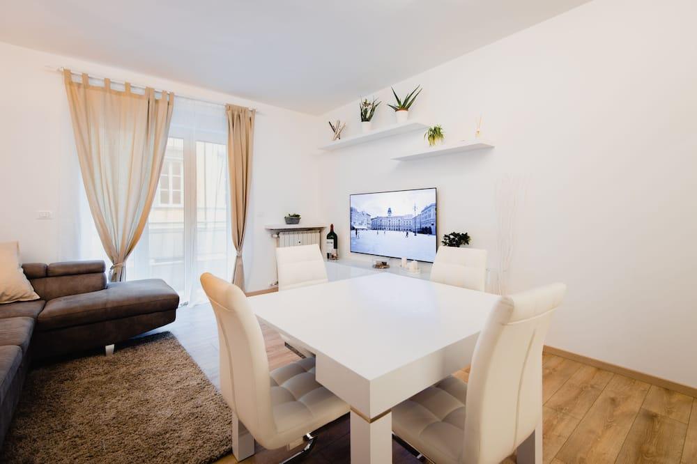 Elite Apartment, 3 Bedrooms - Living Area