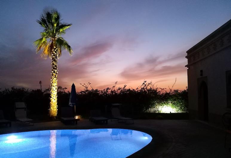 Villa Diaf Johanne, Ait Faska, สระว่ายน้ำกลางแจ้ง