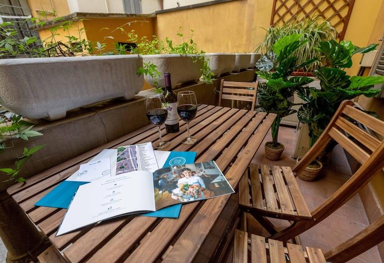 Sweet Inn - Moscova II, Milan, Comfort Apartment, 2 Bedrooms, Terrace/Patio