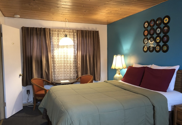 Hilltop Lodge, International Falls, Standard Single Room, Guest Room