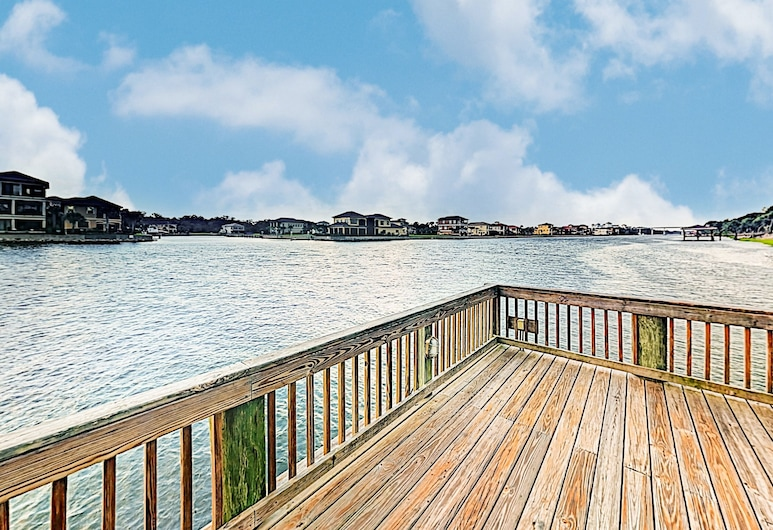 New Listing! Townhome W/ Pools & Balcony, By Beach 2 Bedroom Townhouse, Palm Coast, Townhome, 2 Bedrooms, Balcony