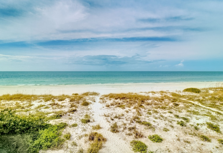 New Listing! Beachfront Bliss W/ Stunning Views 3 Bedroom Townhouse, Treasure Island, Casa de Férias, 3 Quartos, Praia