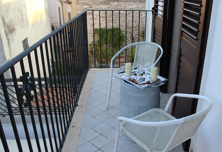 Inpiazzetta, Santeramo in Colle, Deluxe Double or Twin Room, Shared Bathroom, City View, Balcony