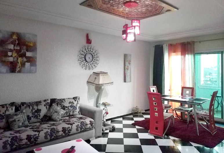 Apartment With 2 Bedrooms in Ville Nouvelle, Fès, With Wonderful City View, Balcony and Wifi, Fes, Living Room