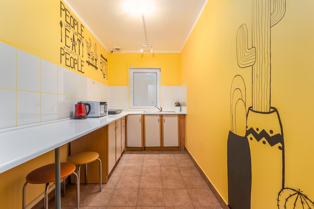Standarta koplietojuma guļamzāle - Kopīga virtuve
