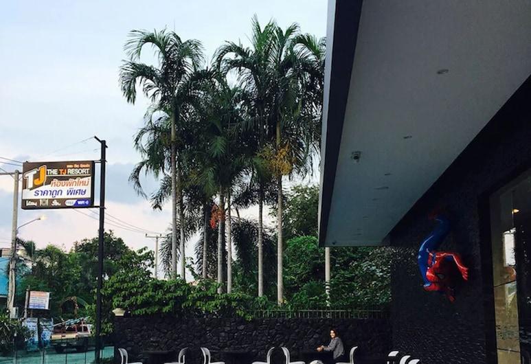 The TJ Resort, Pattaya, Terrace/Patio