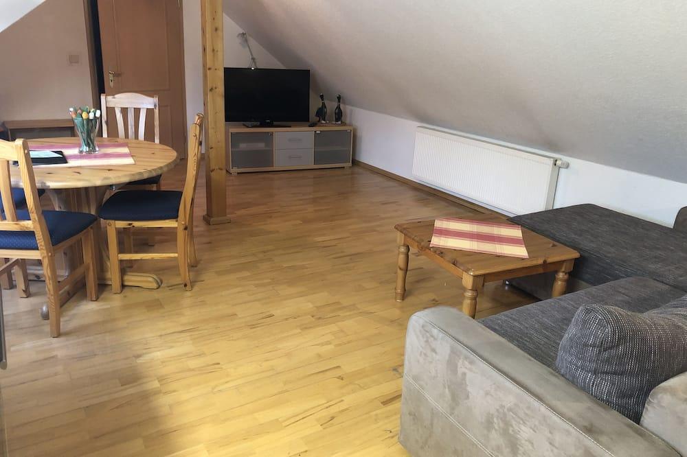 Apartmán, výhled do zahrady (Ferienwohnung) - Obývací pokoj