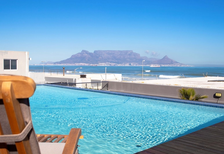 Infinity Views 305, Cape Town, Rooftop Pool
