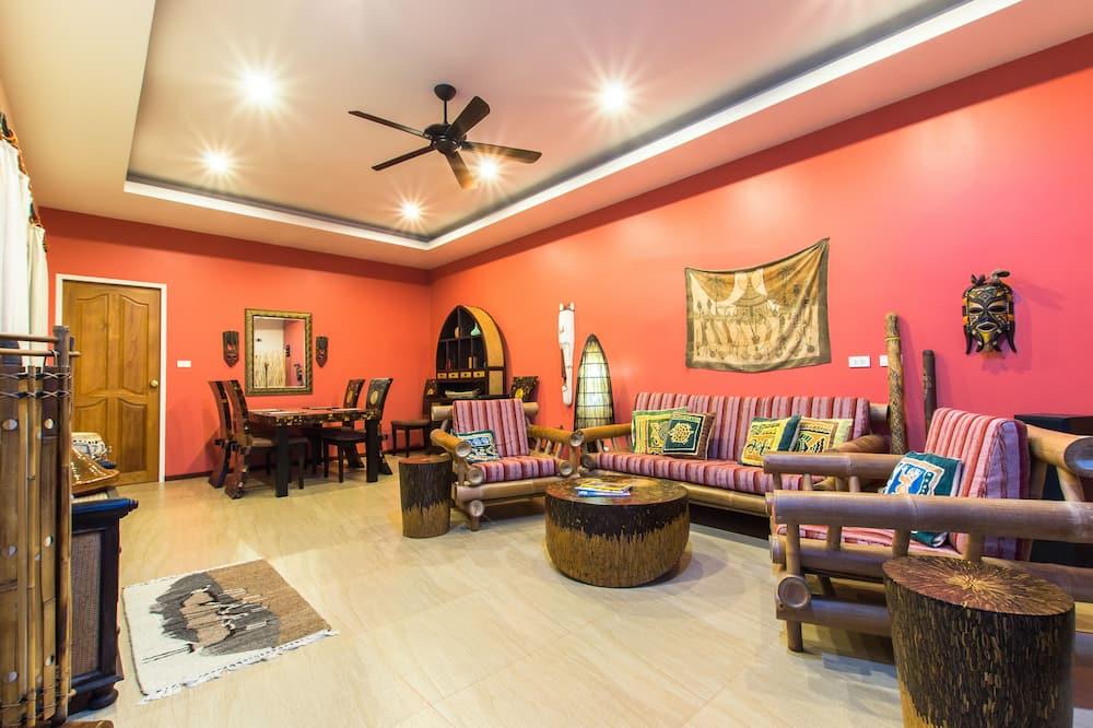 Villa, 2 Bedrooms, Non Smoking, Kitchen - Living Area