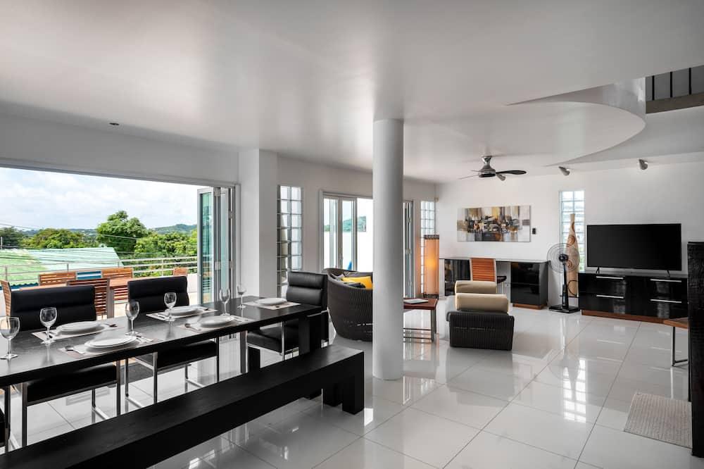 Vila, 3 spálne, nefajčiarska izba, kuchyňa - Stravovanie v izbe
