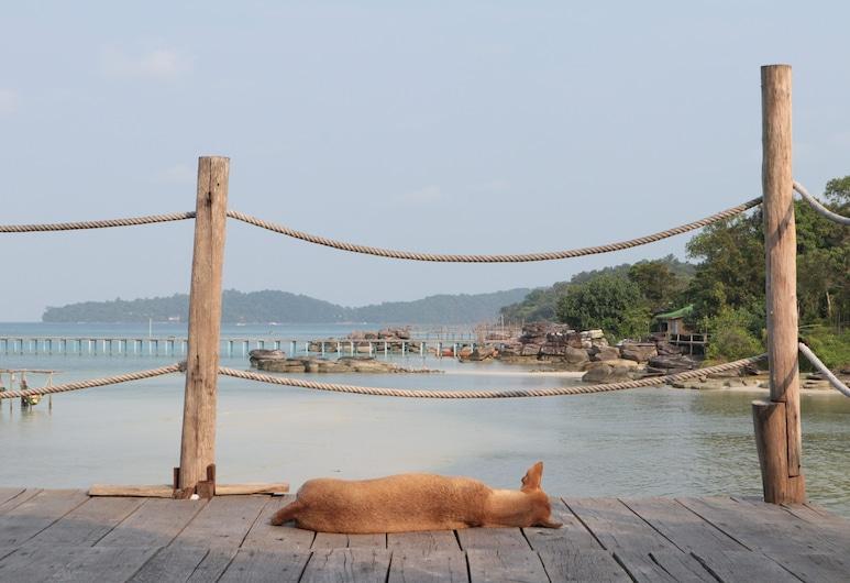Mad Monkey Koh Rong Samloem, Koh Rong Sanloem, Vista desde el hotel