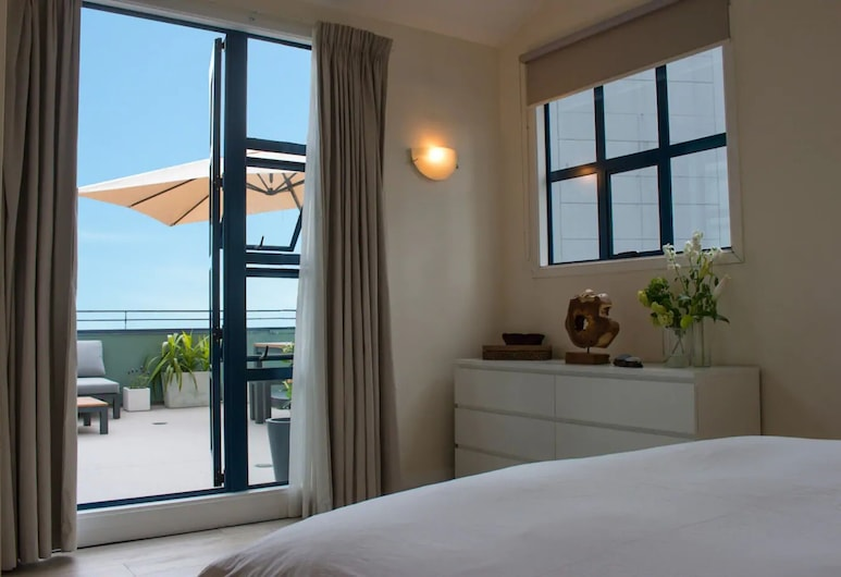 2 Bedroom Penthouse Apartment With Harbour Views, Auckland, Værelse