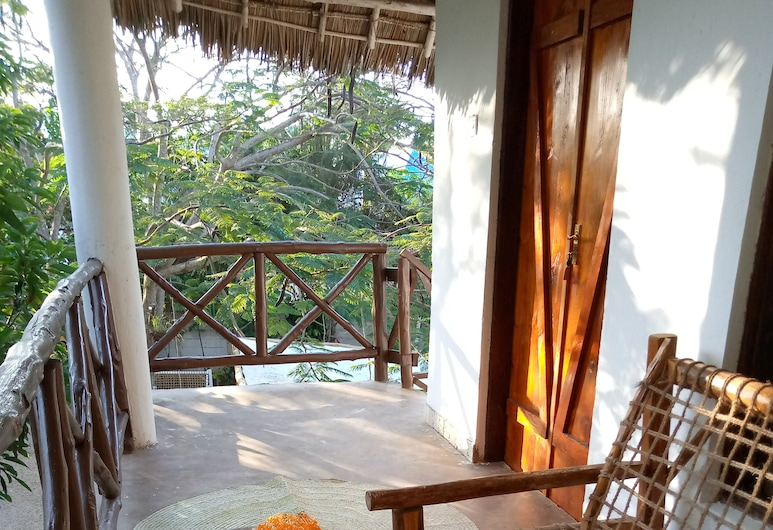 Pasha Nungwi Hotel, Nungwi, Family Room, Balcony