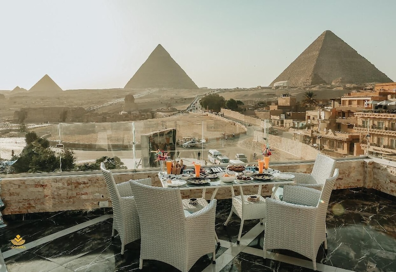 Cleopatra Pyramids View Inn, Giza, Outdoor Dining