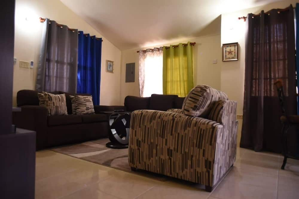 Junior House, 2 Bedrooms, Patio - Living Area