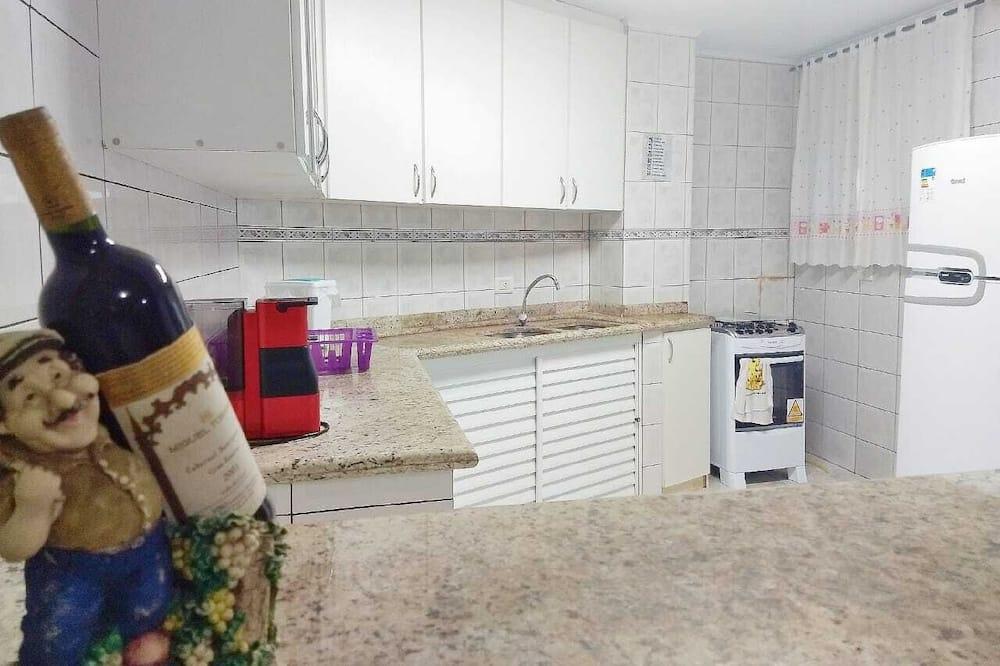 Quarto Triplo - Instalações de cozinha partilhadas
