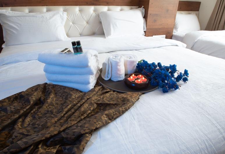 Hotel Aishwarya And Restaurant, Kota, Familienzimmer, Zimmer