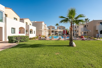 Picture of GT Beach Hotel in Platanias