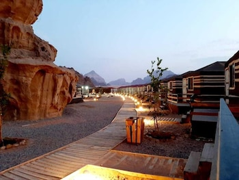 Gambar Sharah Luxury Camp di Wadi Rum
