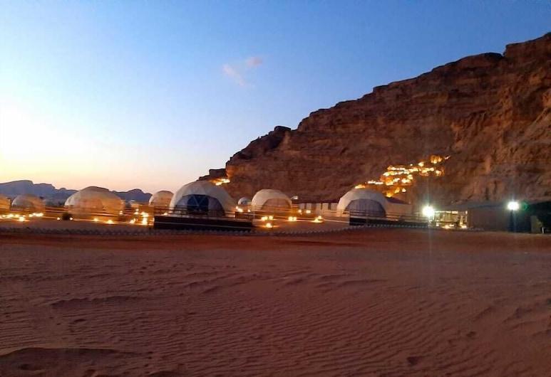 Sharah Luxury Camp, Wadi Rum, Parte delantera del alojamiento